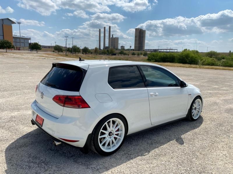 Volkswagen Golf GTI 2015 price $15,997