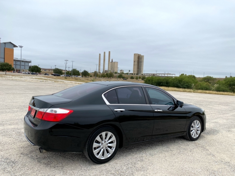 Honda Accord Sedan 2014 price $12,997