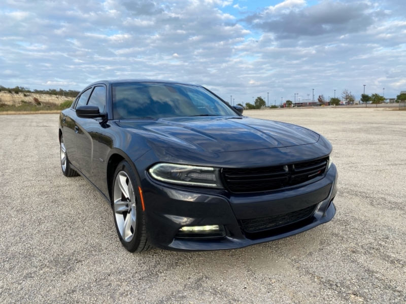 Dodge Charger 2016 price $18,997