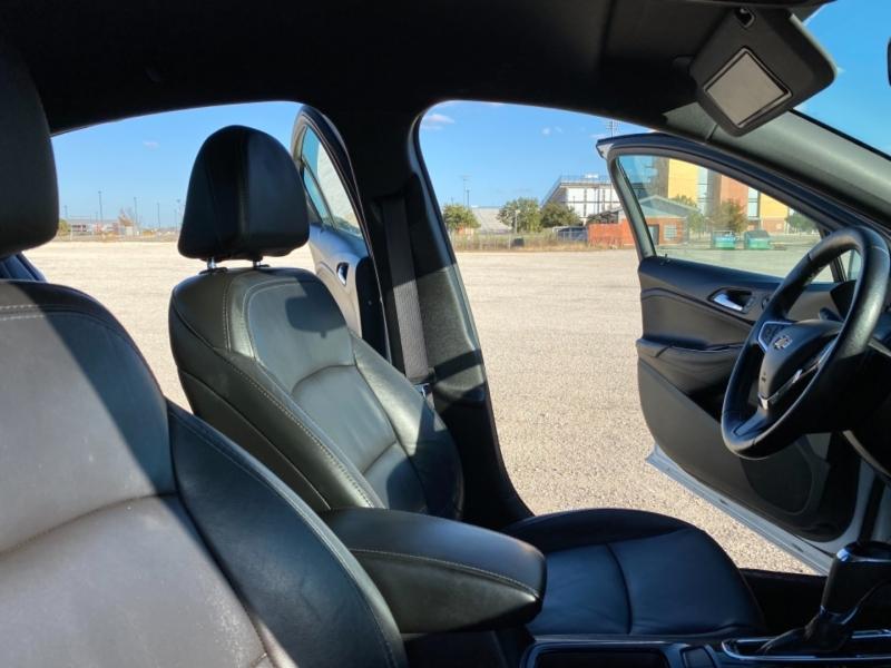 Chevrolet Cruze 2017 price $13,997