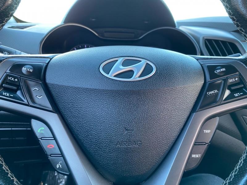 Hyundai Veloster 2016 price $10,477