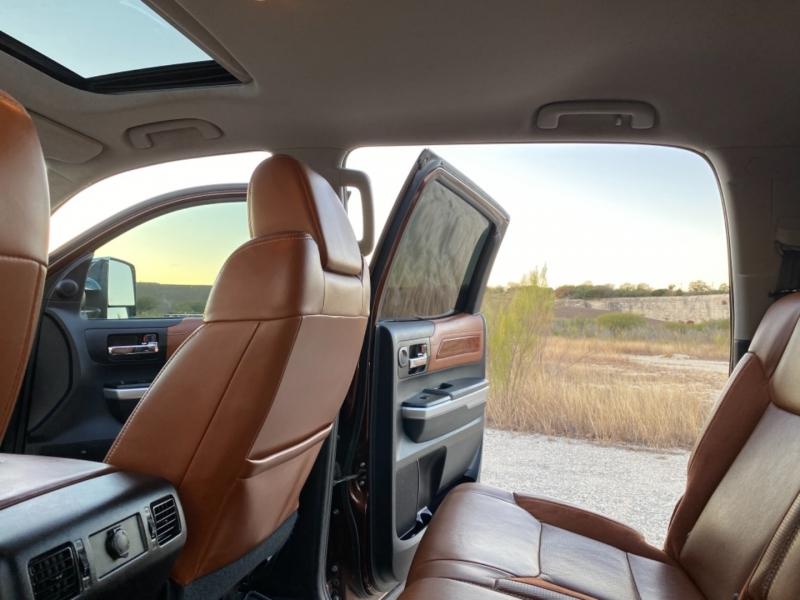 Toyota Tundra 4WD Truck 2015 price $33,997