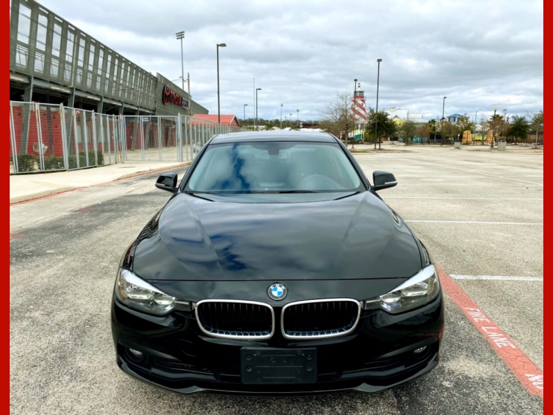 BMW 3-Series 2016 price $13,977