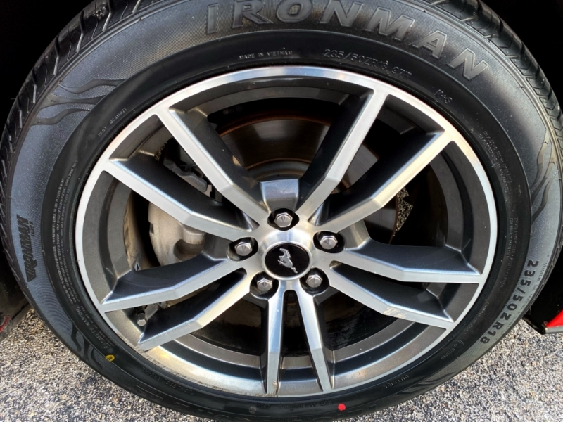 Ford Mustang 2016 price $17,997