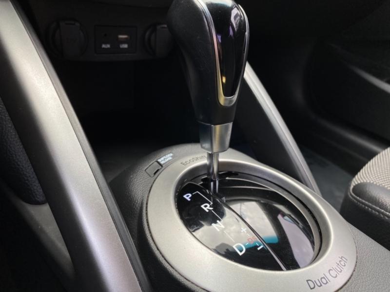 Hyundai Veloster 2016 price $13,777