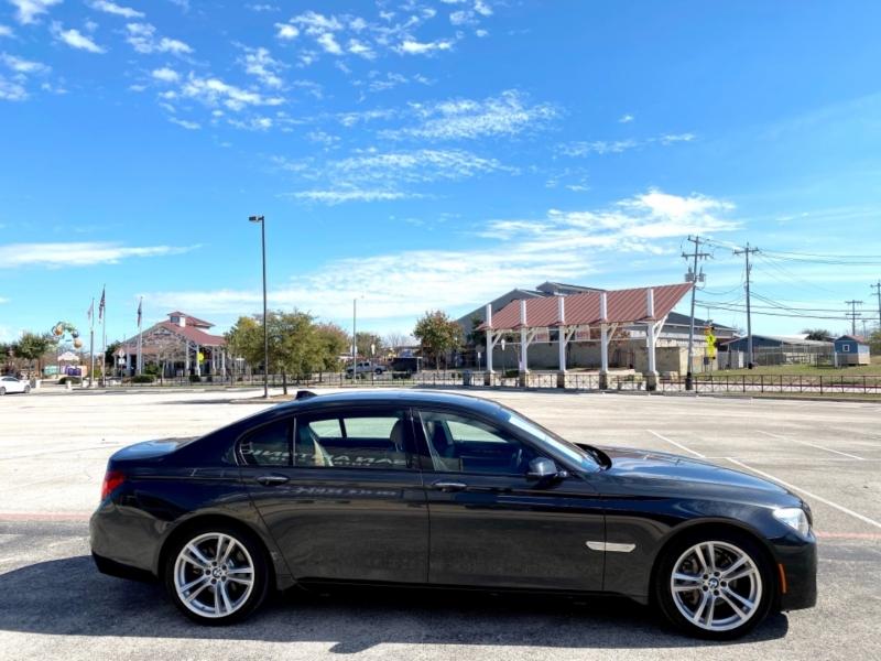 BMW 7-Series 2013 price $16,977