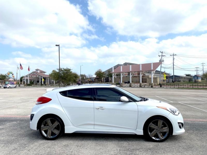Hyundai Veloster 2014 price $12,498