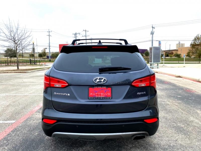 Hyundai Santa Fe Sport 2015 price $12,997