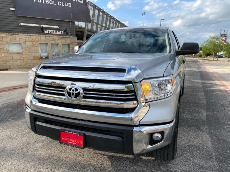 Toyota Tundra 2WD 2017 price $23,987