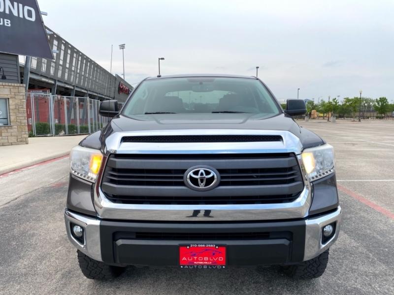Toyota Tundra 4WD Truck 2015 price $28,888
