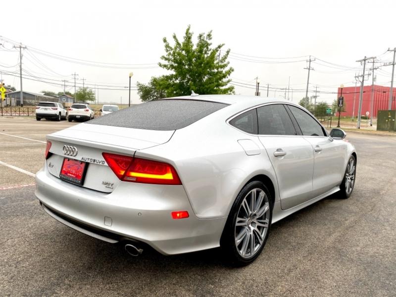 Audi A7 2012 price $20,777