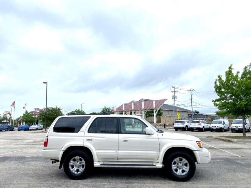 Toyota 4Runner 2002 price $7,987