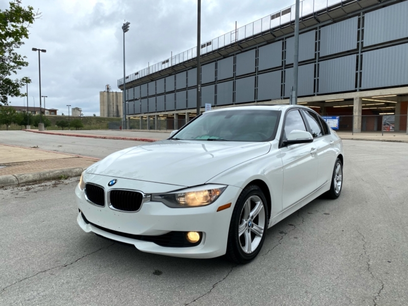 BMW 3-Series 2015 price $13,997