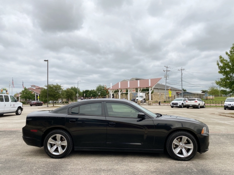Dodge Charger 2013 price $12,877