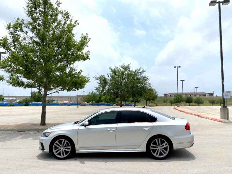 Volkswagen Passat 2016 price $13,997