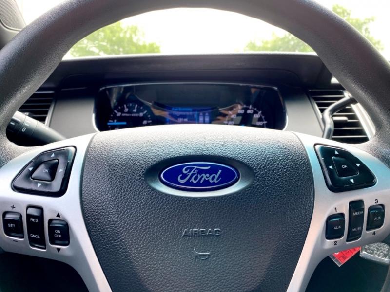 Ford Sedan Police Interceptor 2013 price $10,997