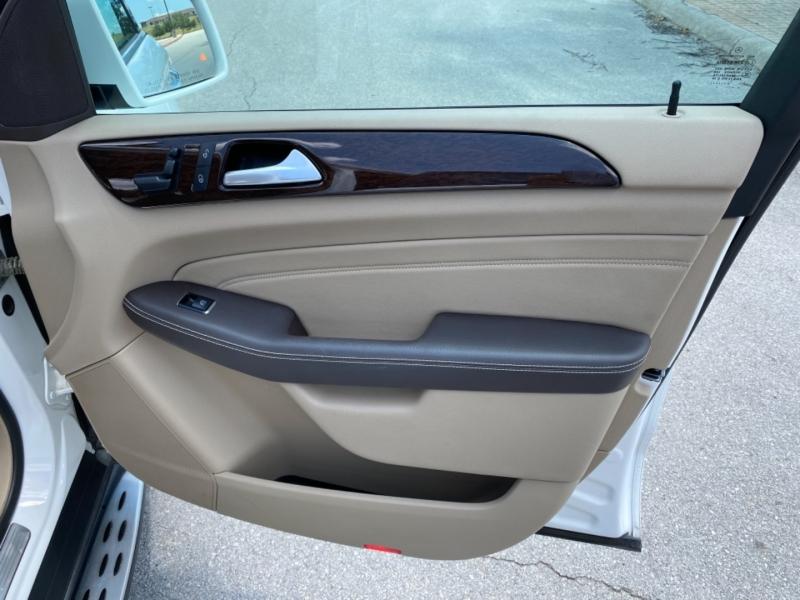 Mercedes-Benz M-Class 2014 price $21,655