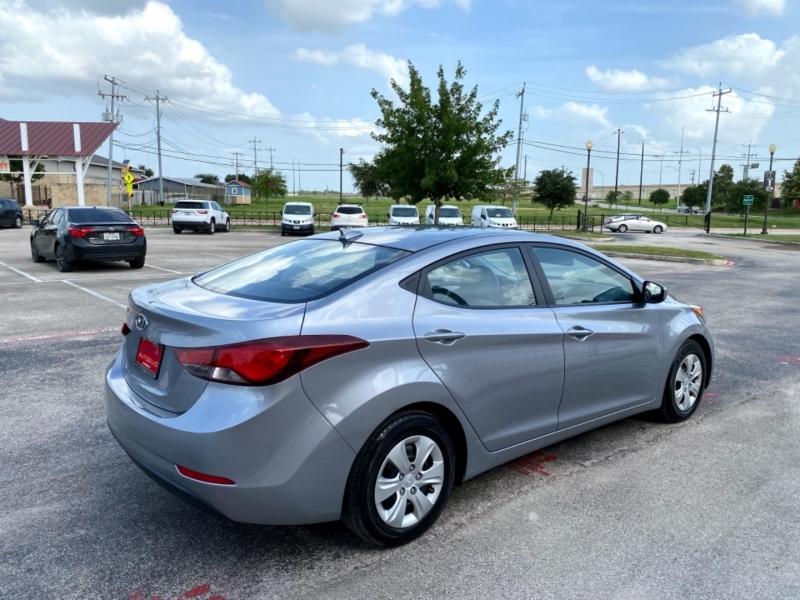 Hyundai Elantra 2016 price $14,997