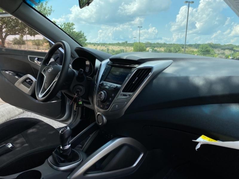 Hyundai Veloster 2016 price $7,500