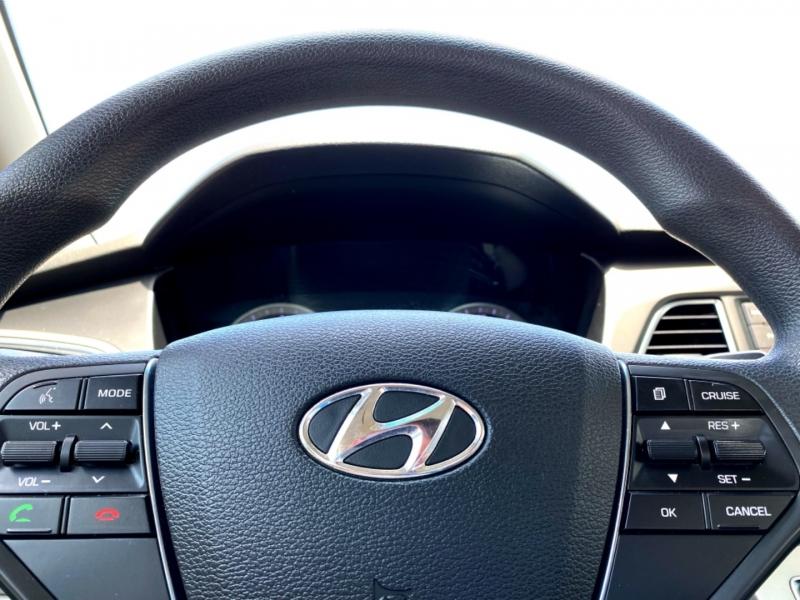 Hyundai Sonata 2015 price $10,777