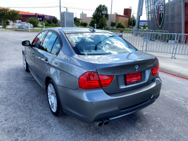 BMW 3-Series 2011 price $10,877