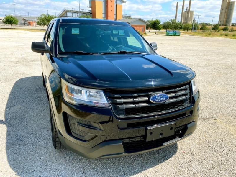 Ford Police Interceptor Utility 2017 price $18,997