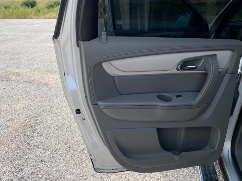 Chevrolet Traverse 2017 price $16,888