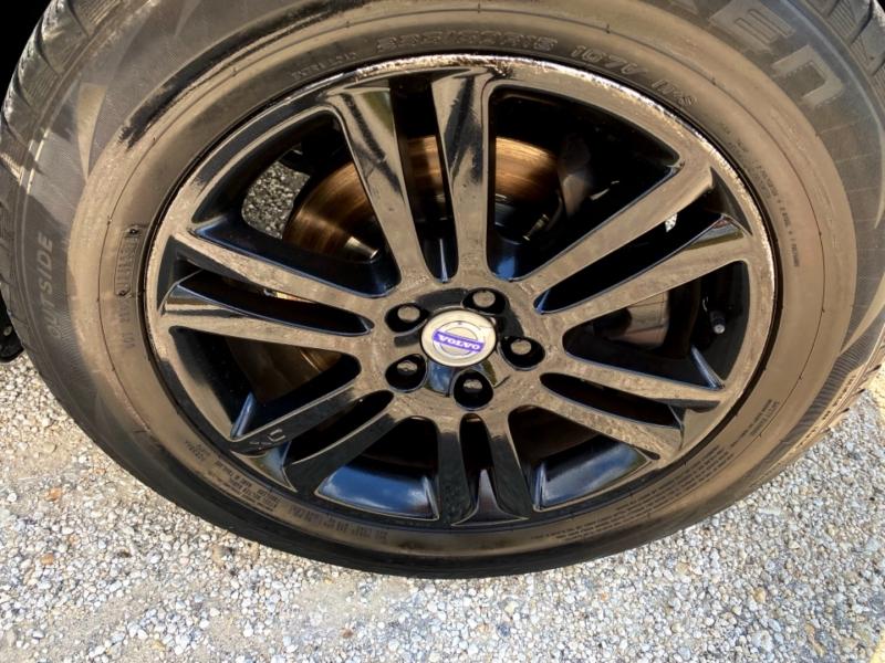 Volvo XC90 2011 price $10,888