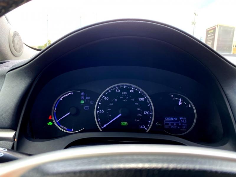Lexus CT 200h 2013 price $14,997