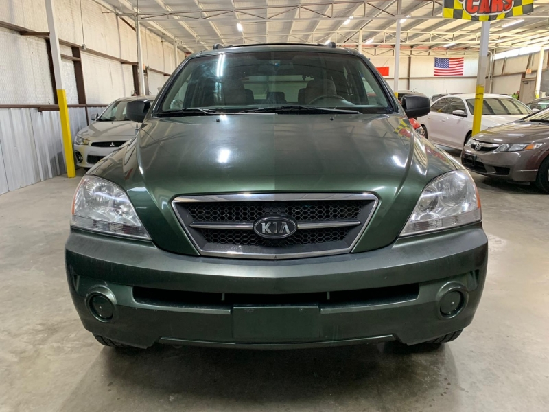 Kia Sorento 2003 price $3,999