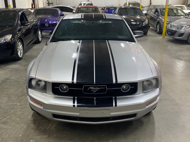 Ford Mustang 2009 price $6,999