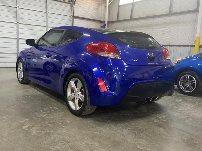 Hyundai Veloster 2012 price $5,999