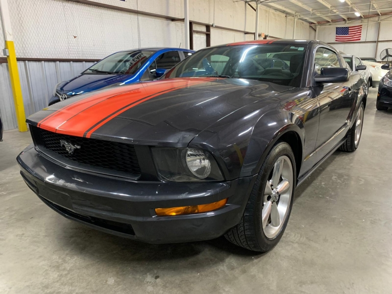 Ford Mustang 2008 price $4,999