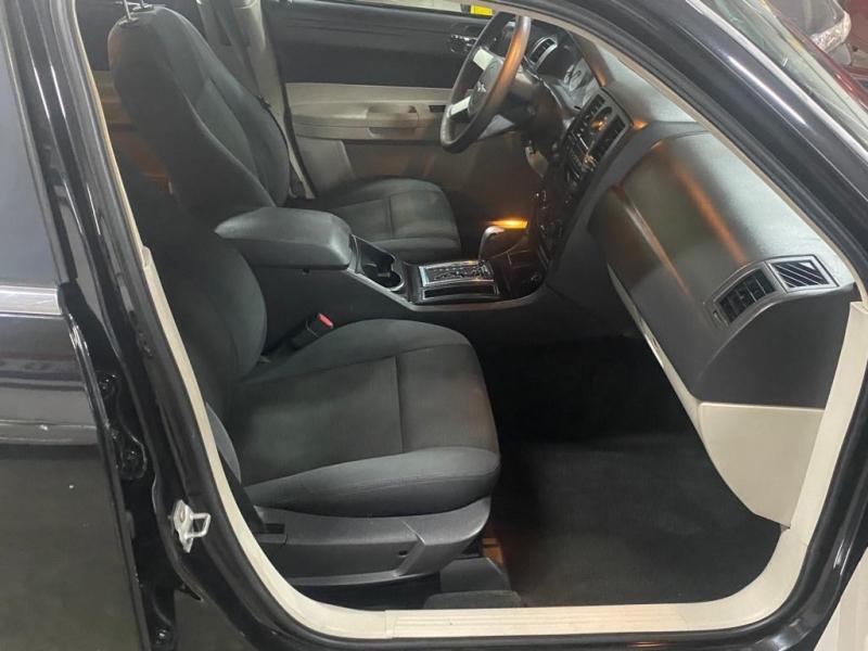 Chrysler 300 2007 price $3,999