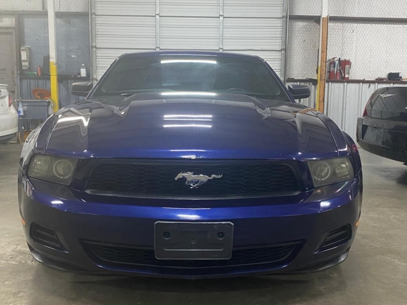 Ford Mustang 2010 price $6,999