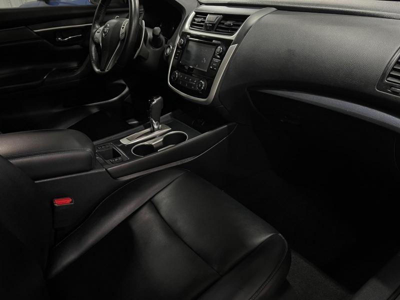 Nissan Altima 2018 price $12,999