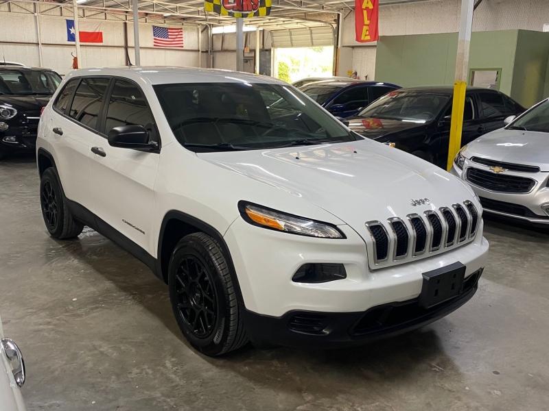 Jeep Cherokee 2017 price $16,999