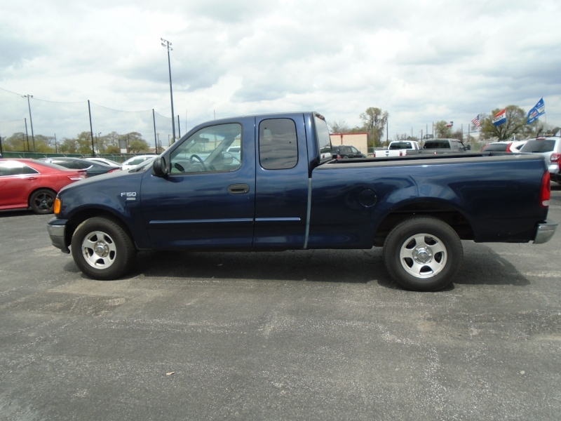 Ford F-150 Heritage 2004 price $3,995