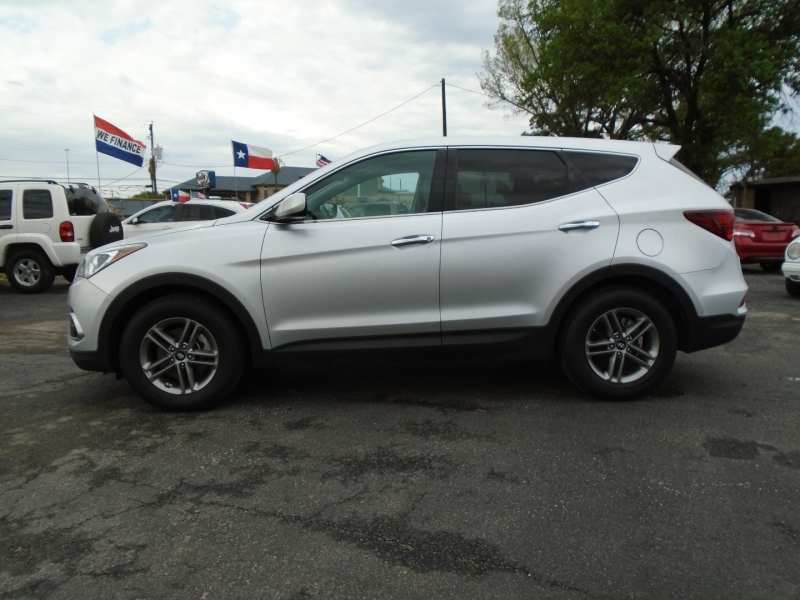 Hyundai Santa Fe Sport 2018 price $15,495