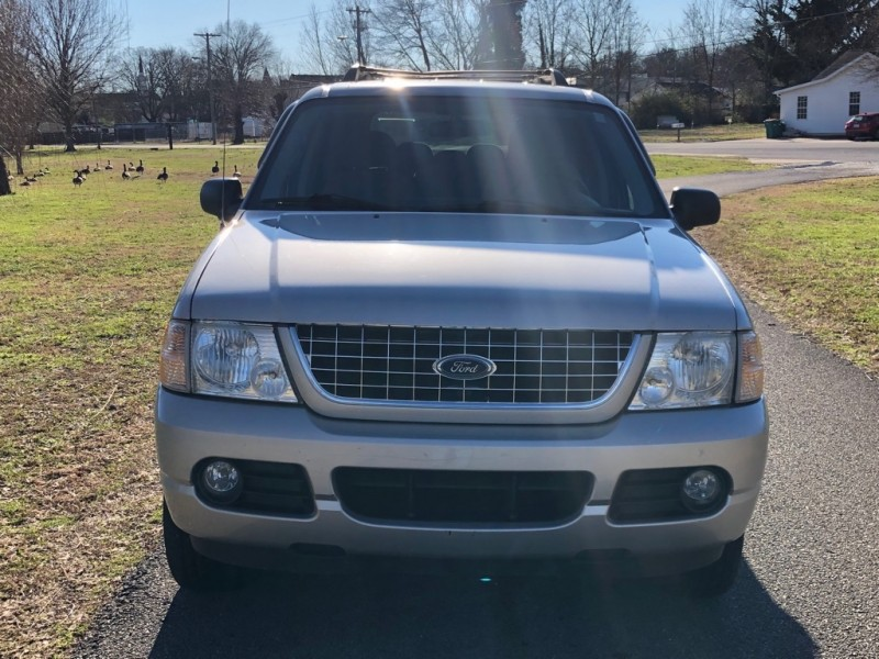 Ford Explorer 2005 price $4,250