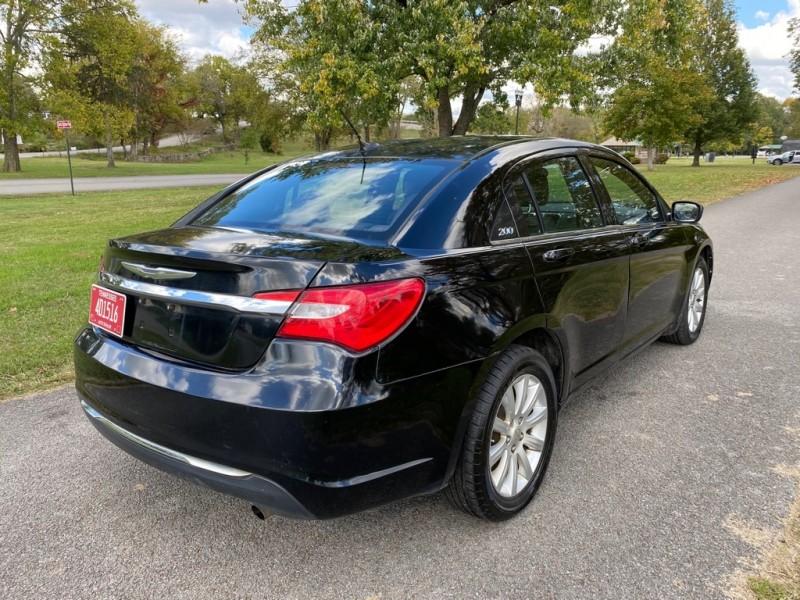Chrysler 200 2013 price $6,000