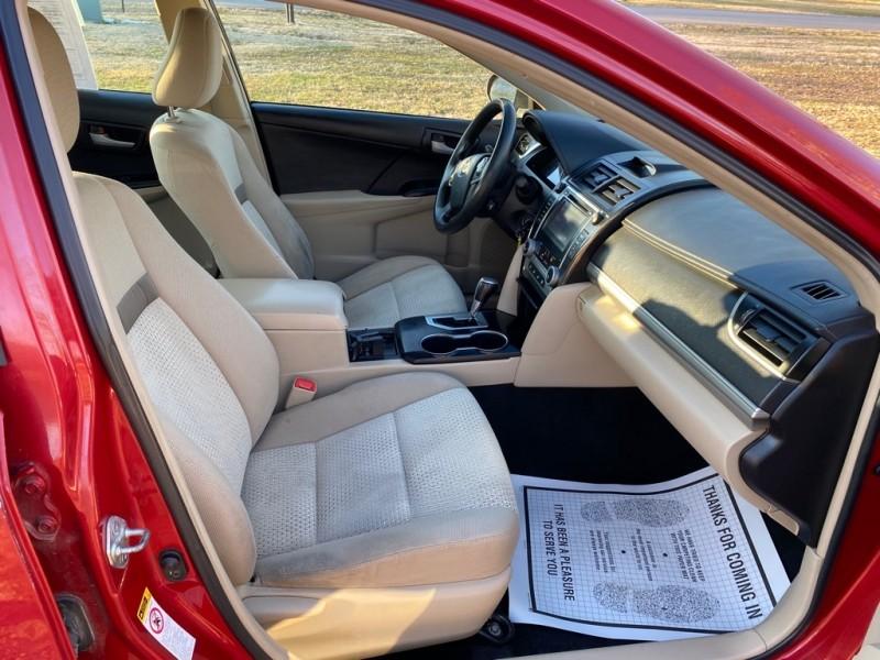 Toyota Camry 2014 price $9,000