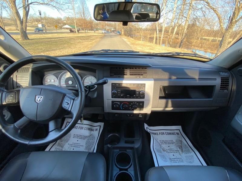 Dodge Dakota 2008 price $8,000