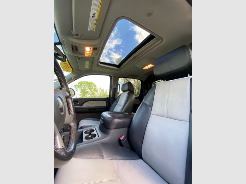 Chevrolet Avalanche 2008 price $11,495