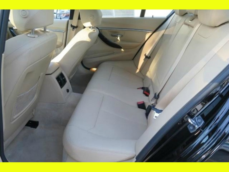 BMW 3-Series 2016 price 585/Mo