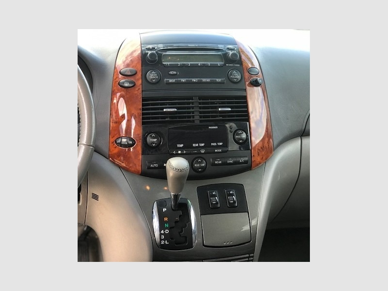 Toyota Sienna 2008 price $799 Down