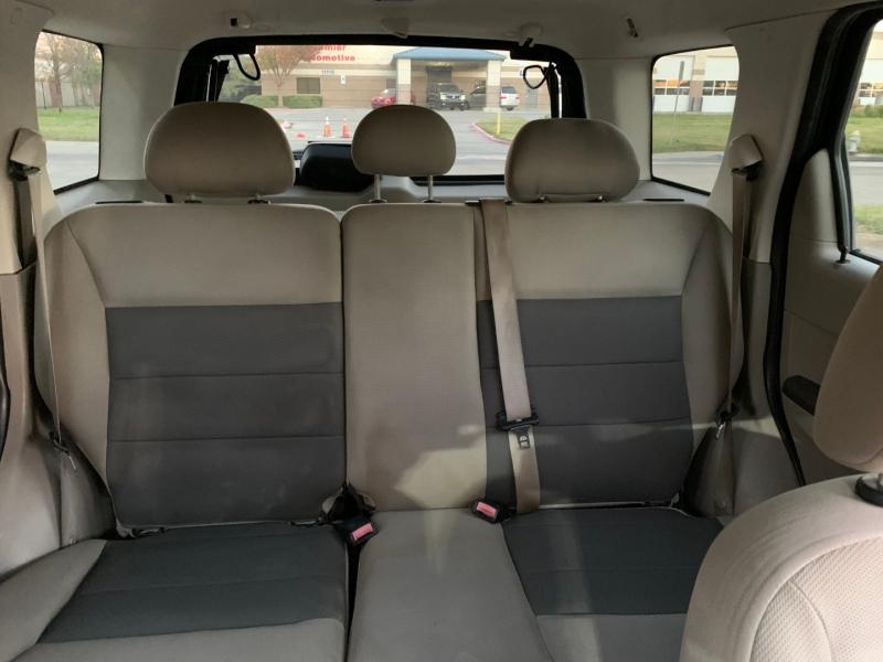 Ford Escape 2008 price $2,800