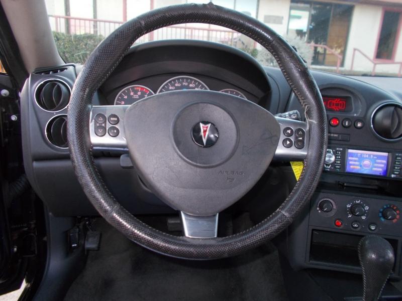 Pontiac Grand Prix 2007 price $2,200