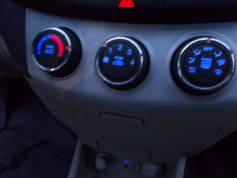 Hyundai Elantra 2008 price $1,800