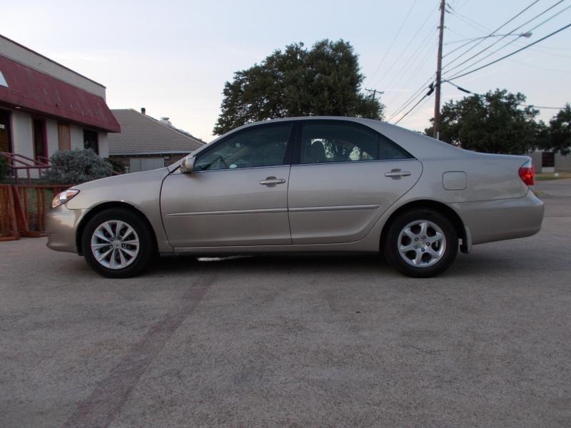 Toyota Camry 2006 price $3,800